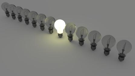 different_light bulbs